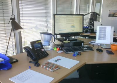 Moja kancelária v Európskom parlamente počas prekladateľskej stáže na Generálnom riaditeľstve pre preklad v Luxemburgu.