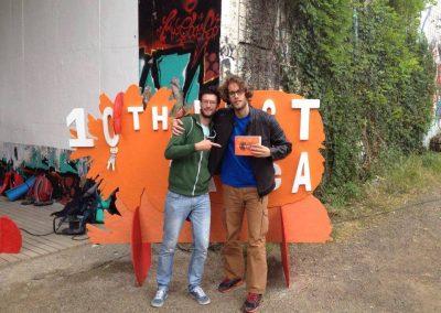 Spolupráca s tímom Fest Anče začala v roku 2015, a to prekladom informačných textov pre katalóg, tlačových správ a titulkovaním dvoch celovečerných filmov. V súčasnosti pôsobím ako asistent vedúceho katalógu.